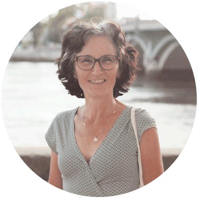 portrait de Nicole Etchegoyen, votre thérapeute transpersonnelle, énergéticienne, guide-nature et conférencière à Bayonne